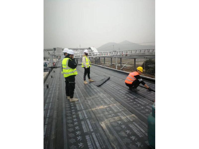 湖州高铁站(SBS防水卷材)施工现场